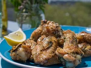 Chicken Wings Kaufen : best chicken wing recipes buffalo honey more cooking channel cooking channel recipes ~ Orissabook.com Haus und Dekorationen