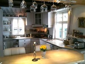 Küche Mit Bar : ferienhaus schatzl villa albert bad t lz frau renate schatzl ~ Frokenaadalensverden.com Haus und Dekorationen