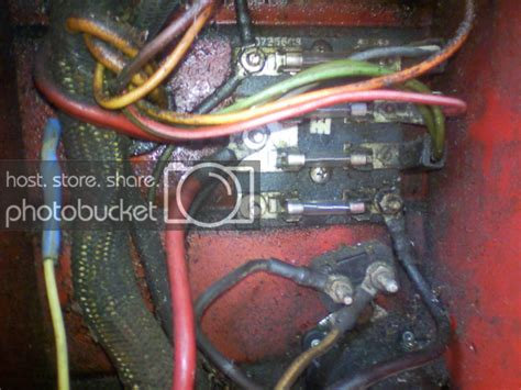International Tractor Fuse Box by Electrical Connections And Fuse Help In 1486 The Combine