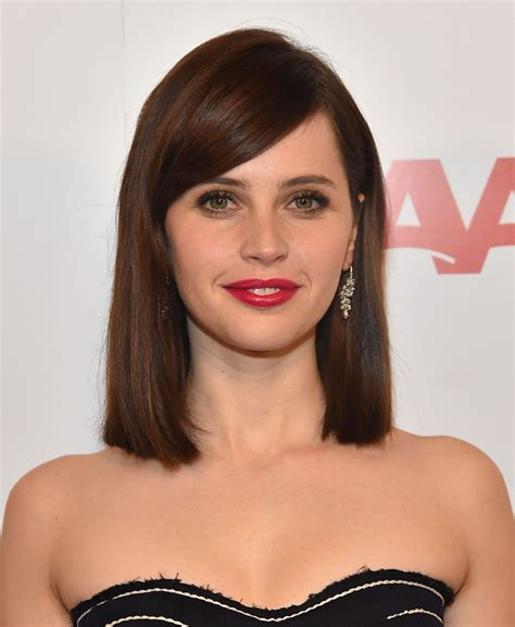 11  Awesome Hairstyles For Short Hair To Glam Your Look