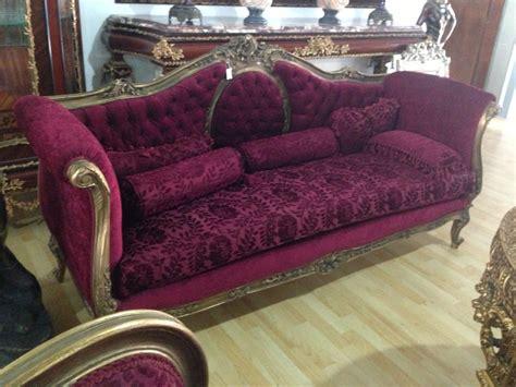 sofa usado jacarei jogo de sofa vinho tecido nobre madeira maci 231 a entalhada