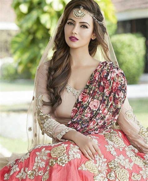 trendy pakistani bridal hairstyles   wedding