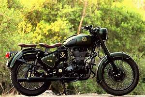 Moto Royal Enfield 500 : royal enfield classic 500 customised with a classic military touch ~ Medecine-chirurgie-esthetiques.com Avis de Voitures