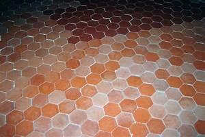 Nettoyant Sol Maison : nettoyage d 39 un sol en tomettes anciennes maison ~ Farleysfitness.com Idées de Décoration