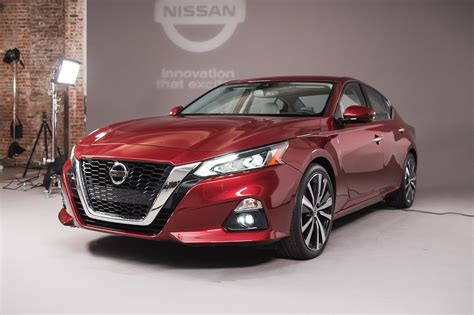 Nissan Altima : 2014 Nissan Altima Reviews And Rating