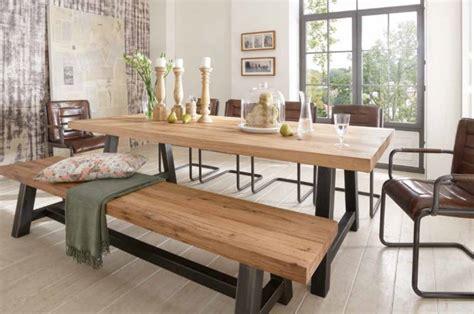 table en bois massif haut de gamme en