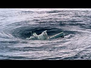 Gallery Whirlpool In Ocean Sinks Ship
