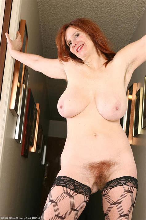 Horny cock hungry mature in stockings - Pichunter
