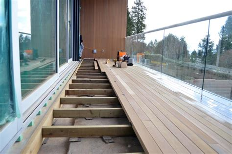 detail waterproofing deck home building  vancouver