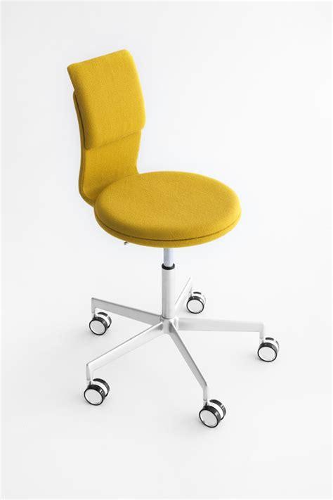 tabouret pour bureau tabouret design à roulettes pour bureaux