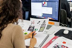 How To Become A Graphic Designer Without Quitting Your Day Job