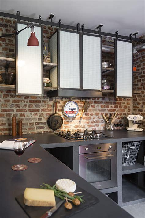 cuisine atypique étagères de cuisine de style indus en acier conception et