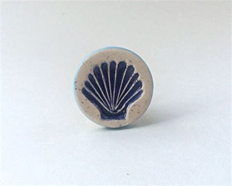 Seashell Cabinet Knobs And Pulls by Scallop Seashell Nautical Drawer Pull Knob Beachfront Decor