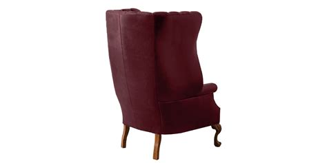 Dashing Tufted Accent Chair In Maroon Leatherette