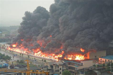 长沙旺旺食品厂发生大火_图片频道_财新网