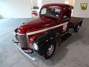 1949 International Harvester Pickup 0 Maroon Truck