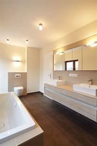 Fliesen Für Badezimmer : g ste wc fliesen modern stil f r badezimmer mit armatur von raumgesp r innenarchitektur design ~ Sanjose-hotels-ca.com Haus und Dekorationen