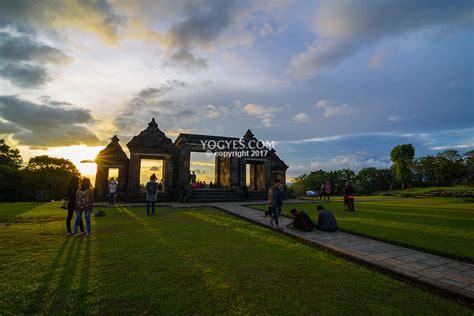 istana ratu boko kemegahan  bukit penuh kedamaian