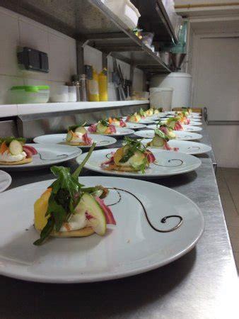 cuisine clermont ferrand restaurant restaurant le verre y table dans clermont