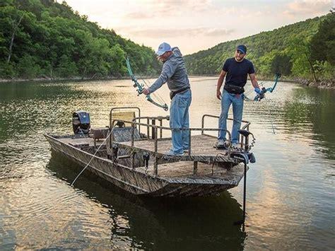Crestliner Bowfishing Boat For Sale by Crestliner 1800 Arrow Boats For Sale