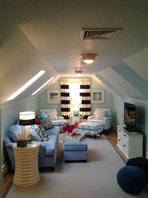 awesome ideas  turning attic   nice room bonus