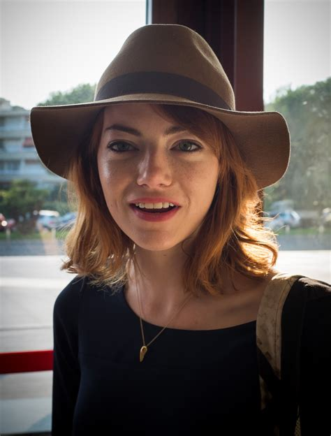 Emma Stone Returns To Red Hair Huffpost
