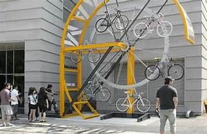 Fahrrad Wandhalterung Design : fahrrad wandhalterung eine praktische und effektvolle wanddeko bike storage fahrrad ~ Frokenaadalensverden.com Haus und Dekorationen