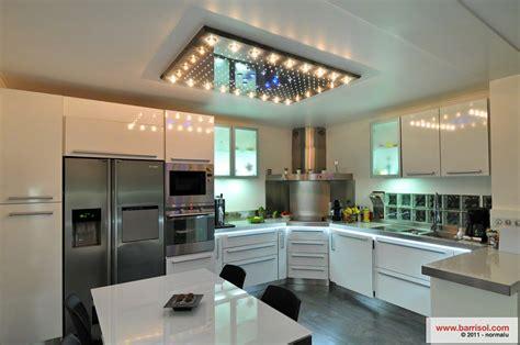 plafond de cuisine design cuisine le plafond tendu barrisol dans votre cuisine
