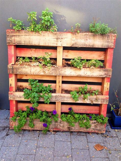 Vertical Herb Garden Ideas by Diy Vertical Pallet Herb Garden Gardening Ideas