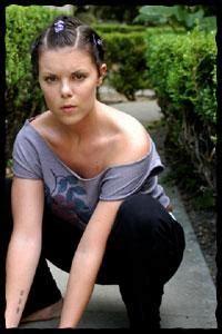 Potts nackt Sarah-Jane  Lovely muschi