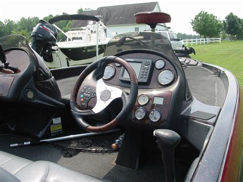 Ranger Bass Boat Hull For Sale by 2003 Ranger 185vx Bass Boat The Hull Boating And