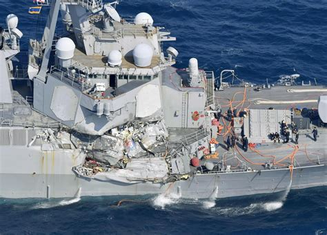 10 High Resolution Photos Of Us Navy Destroyer Collision
