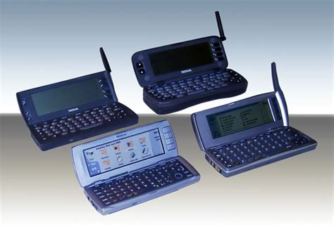 when did smartphones come out the evolution of cell phone design between 1983 2009