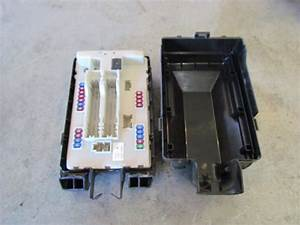 2010 Infiniti G37 Convertible Ipdm Fuse Box 284b71bn0a In