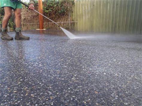 exposed aggregate concrete advantages and disadvantages