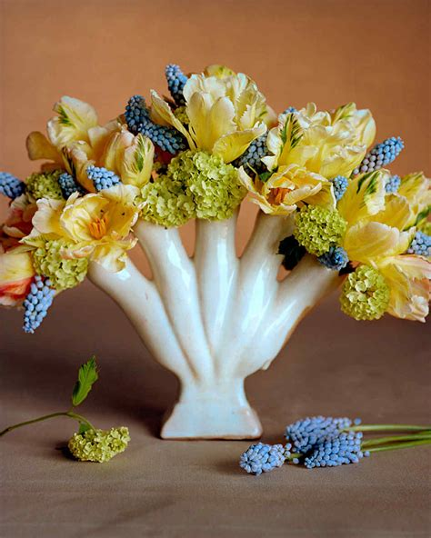 Arranging Flowers by Yellow Flower Arrangements Martha Stewart