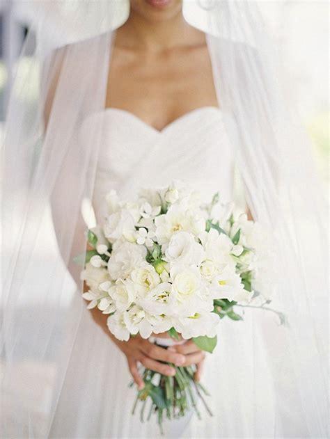 pourquoi opter pour  bouquet de mariee rond