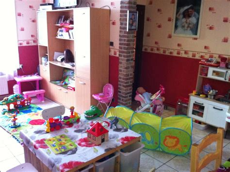 assistante maternelle comines