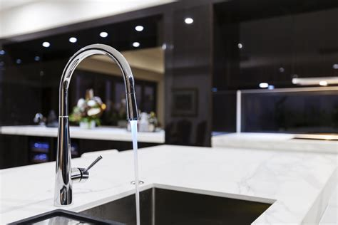 the best kitchen faucets best touchless kitchen faucet reviews