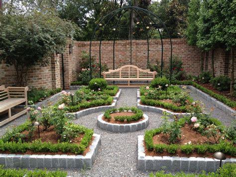 achieve fun  exciting garden decorating ideas  splurging ideas  homes
