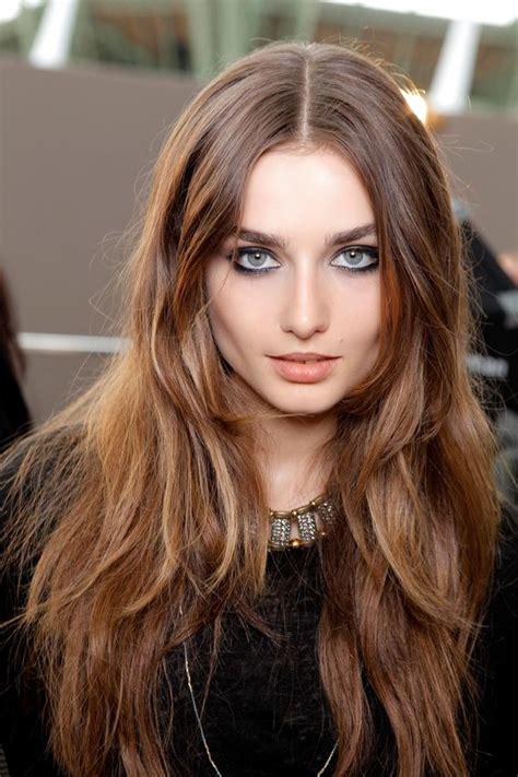 light chestnut brown hair 24 feminine and soft chestnut hair ideas styleoholic