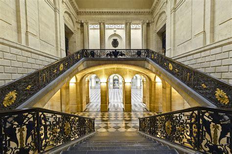 chambre du commerce et de l industrie bordeaux escalier d 39 honneur bordeaux palais de la bourse l