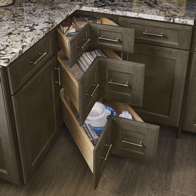 kitchen sink base cabinet with drawers corner drawers kraftmaid 9538