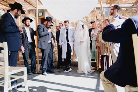 6 Ways To Rejuvenate Jewish Wedding Traditions