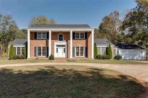 Browse photos, see new properties, get open house info, and research neighborhoods on trulia. 1215 S Harpeth Rd, Kingston Springs, TN 37082 - realtor.com®