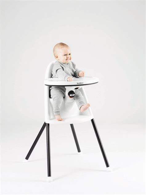 chaise haute qui s accroche à la table chaise haute évolutive pour enfants 12 modèles côté maison