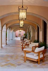 Beautiful, Hallways, To, Stroll, And, Places, To, Relax