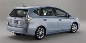 Toyota 7 Places Hybride : toyota prius alpha d sormais en vente au japon vid o blog automobile ~ Medecine-chirurgie-esthetiques.com Avis de Voitures