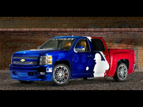Chevrolet Major League Baseball Silverado Photos