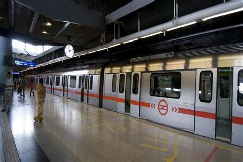 metro  reduce air pollution  delhi livemint